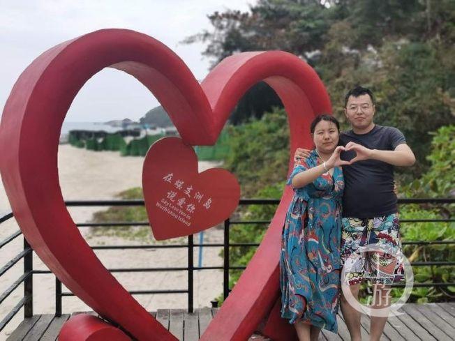 夏思思(左)與吳石磊。昔日的恩愛夫妻,如今陰陽兩隔。(取材自上游新聞)