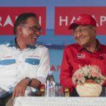 馬來西亞政壇詭譎 安華:曾勸馬哈地別辭首相
