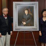張文華畫像掛法庭 亞裔第一人