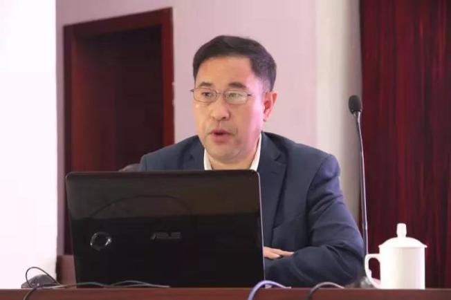 牛志文於2019年8月受中國國家稅務總局煙台幹部培訓中心邀請演講。(取自www.triangleaccounting.net)