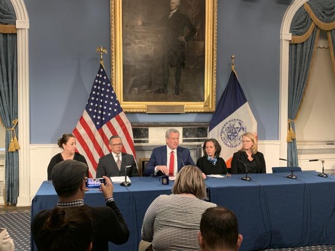 白思豪26日表示,目前紐約市內仍沒有新型冠狀病毒肺炎確診病例,普通市民無須戴口罩。(記者和釗宇/攝影)