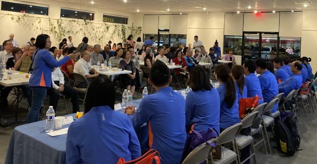 台南市議會訪問團與佛州鄉親座談餐敘,現場一景。(記者陳文迪/攝影)