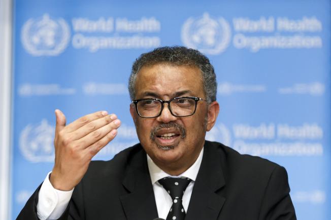 世界衛生組織秘書長譚德塞今天表示,全球新冠肺炎正處於「關鍵點」,並警告若受疫情影響國家不迅速採取行動,情勢恐將「失控」。(美聯社)