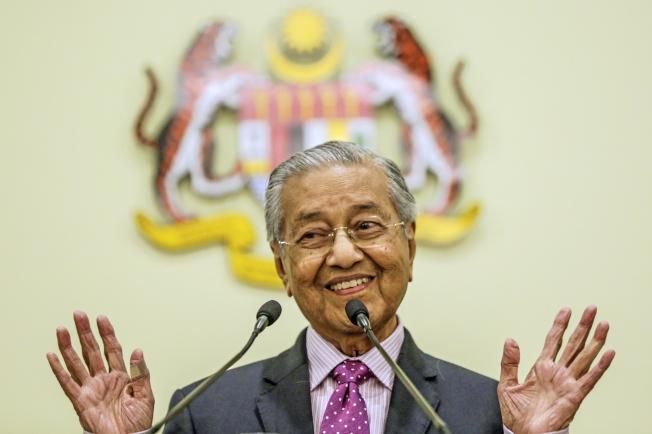 馬哈迪指出,要是沒人獲多數支持,馬國將提前改選國會。(歐新社)