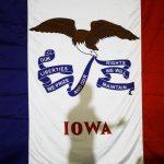 總統初選第一砲 愛阿華州今投票 民主黨12人混戰