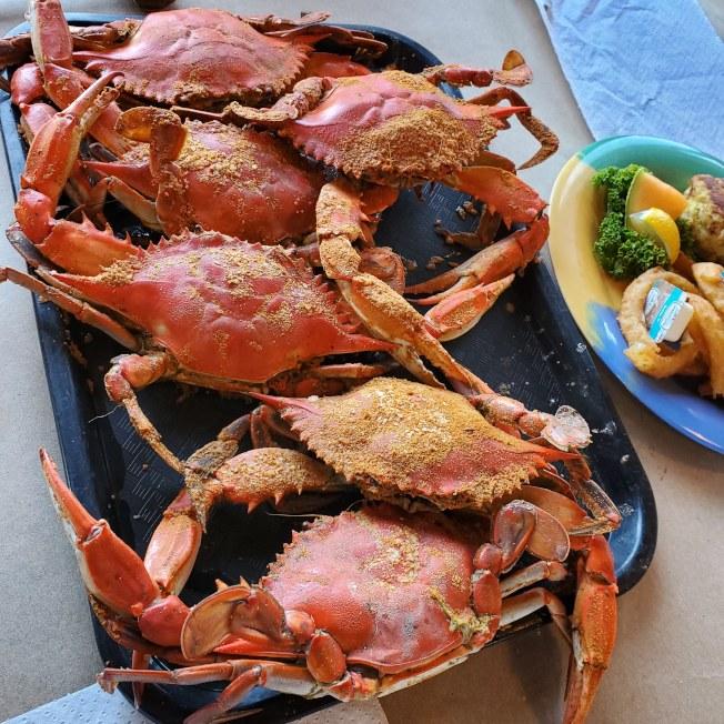 海鮮餐廳藍蟹。