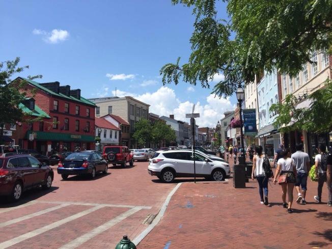 安納波利斯小鎮主街道。