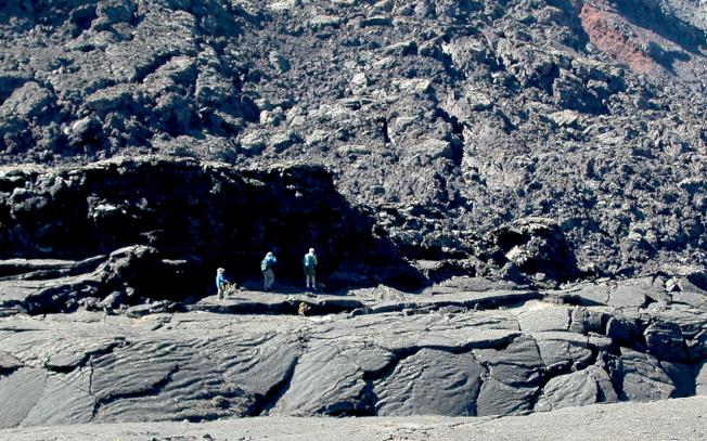 夏威夷大島的地下遍布熔岩通道。