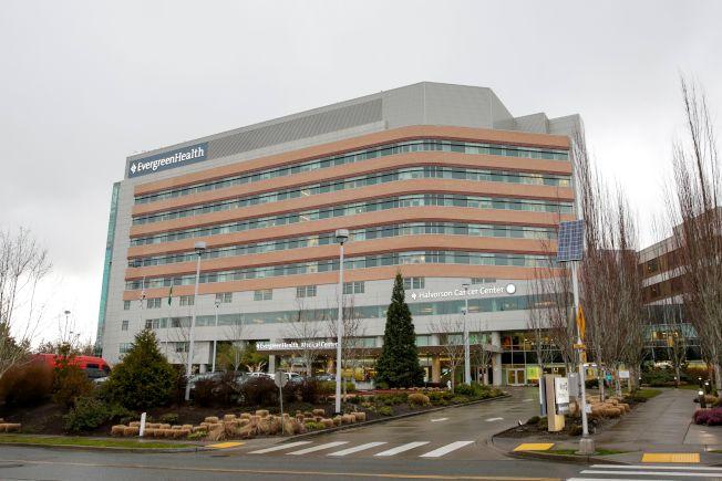 西雅圖郊區柯克蘭另一家長青健康醫療中心(Evergreen Health Medical Center),也傳出一名病人死於新冠病毒相關疾病。(Getty Images)