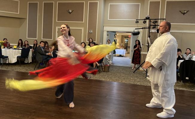 大奧蘭多台灣商會2020迎春聯歡會表演節目之一梁祝古典太極舞。(記者陳文迪/攝影)