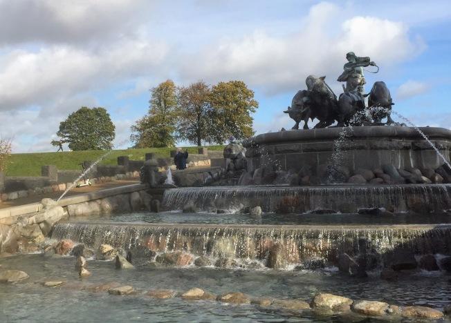 海神普西甸銅像。(圖:作者提供)