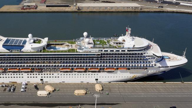 「至尊公主號」郵輪的一對乘客夫妻9日對船東「公主郵輪公司」提告,指控因為郵輪嚴重疏失而面臨「緊急的身體健康危險」,要求賠償100 萬元 。(美聯社)