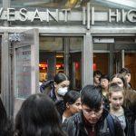 紐約史岱文森高中:下周起改上網課 不管教育局如何決定