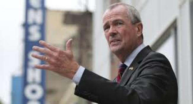 州長墨菲表示,99%機率會關閉全州公校。(美聯社)