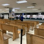 DMV僅受理預約 到場仍須等 民眾不敢去