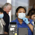 美3處機場、6安檢確診  TSA:沒必要穿防護罩