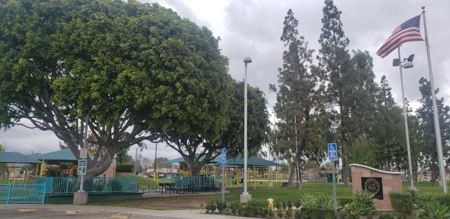 商業市公園一景。(記者鄭敖天╱攝影)