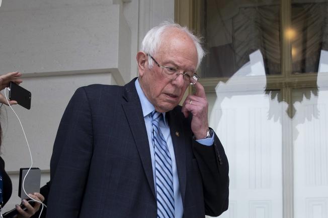 參議員桑德斯在黨內總統初選落後白登,民主黨內醞釀要他體面退選。(歐新社)