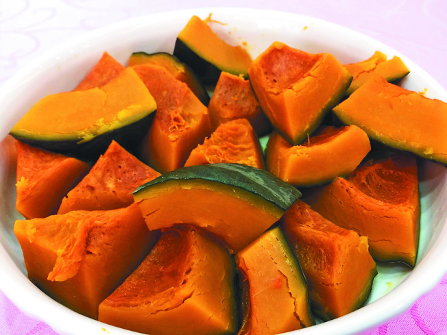健身時可以用南瓜、地瓜等根莖類取代白飯。(本報資料照片)