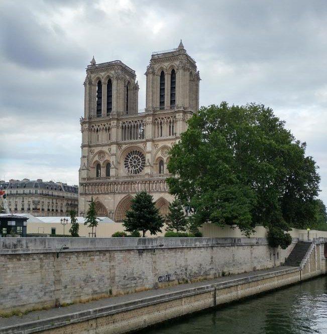 巴黎聖母院遺址。(圖:作者提供)