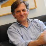 3次大疫均親臨前線 哥大教授利普金:新冠疫苗年內問世