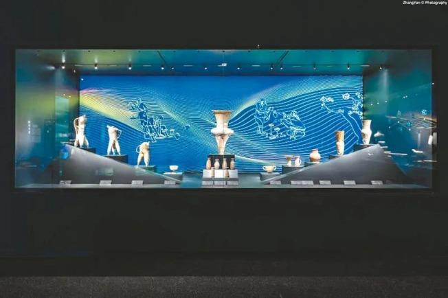 隨著新冠肺炎疫情形勢趨緩,三星堆博物館有序恢復開放,圖為新改造開放的綜合館。 (本報四川德陽傳真)