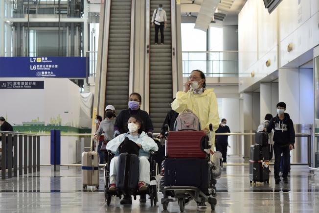 3月25日起,非香港居民不准從香港機場入境。(中通社)