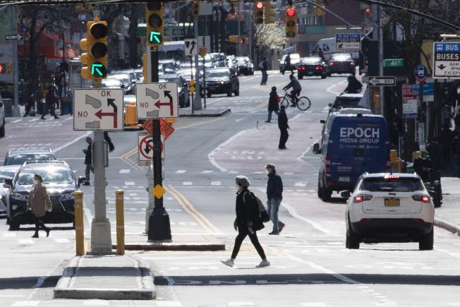 市長白思豪24日表示,將在未來一周內繼續暫停換邊停車。(美聯社)