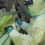 香港學術期刊:新冠患者發病首周唾液最毒