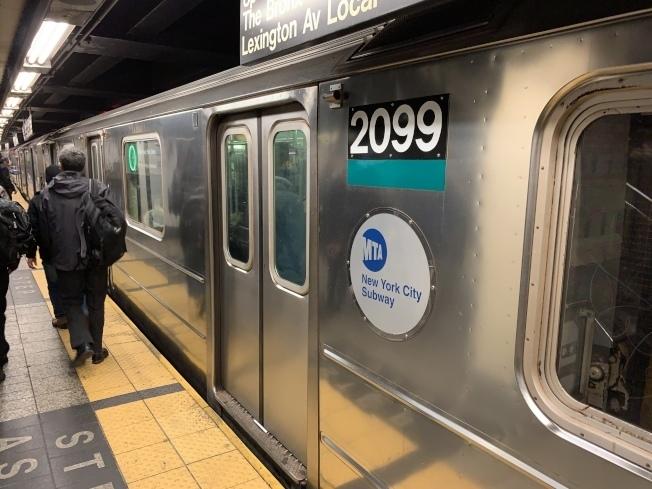MTA宣布25日起地鐵多線服務取消。(本報檔案照)
