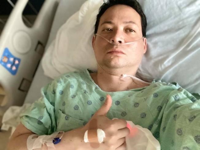 42歲的貝恩在感染新冠病毒前,自認身體健康,幾乎沒有生過病。(貝恩提供)