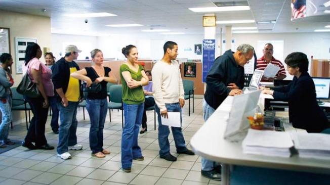 在加州,如果因疫情而失去工作,可向州就業發展局(EDD)申請失業救濟。(Getty Images)
