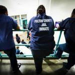 怕集体感染 富顿郡监狱释放部分囚犯