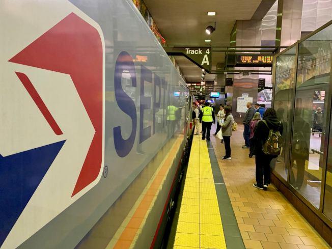 SEPTA區域火車乘客持續減少。(臉書官網)