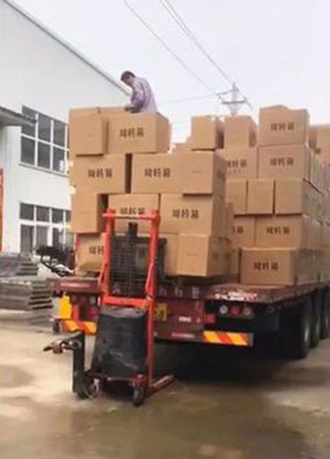 瞿翔工廠復工發貨。(取材自北京青年報)