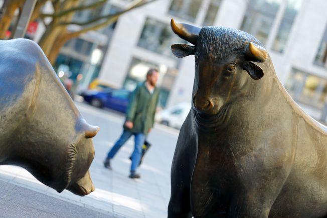 美股道瓊指數連漲三天,已從前波低點回升21%,符合牛市定義,但一些分析師認為目前市況仍未脫離熊市。路透