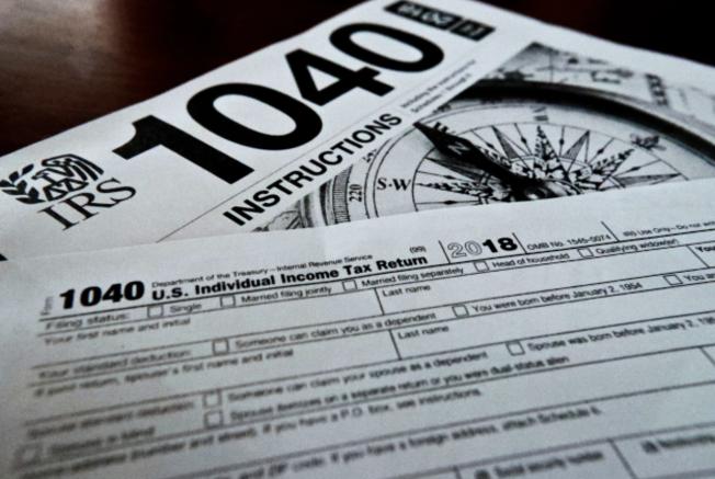 紓困法案將依照稅法規定走,凡是在報稅年度待在美國超過31天、過去三年在美超過183天者,持有社安號又符合收入規定,均是救濟對象。(本報檔案照)