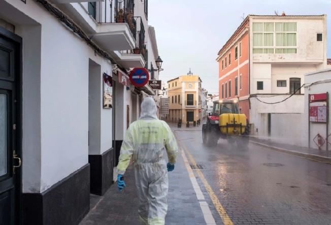 西班牙的新冠肺炎疫情日益嚴峻,政府已在14日對全國下達嚴格禁足令,且至少實施至4月11日。歐新社