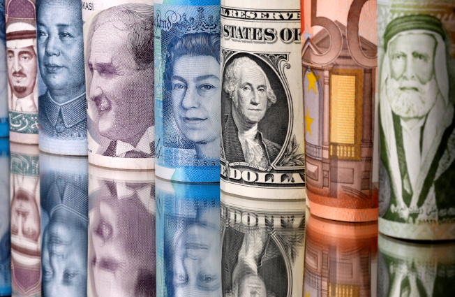 全球幾大經濟體正祭出史上最猛的灑幣政策,包括發放現金和購債在內已備妥11兆美元銀彈,要用於控制新冠肺炎疫情造成的傷害。 路透