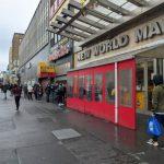 〈圖輯〉紐約多家華人超市  下周被迫暫歇業  民眾「全副武裝」搶購