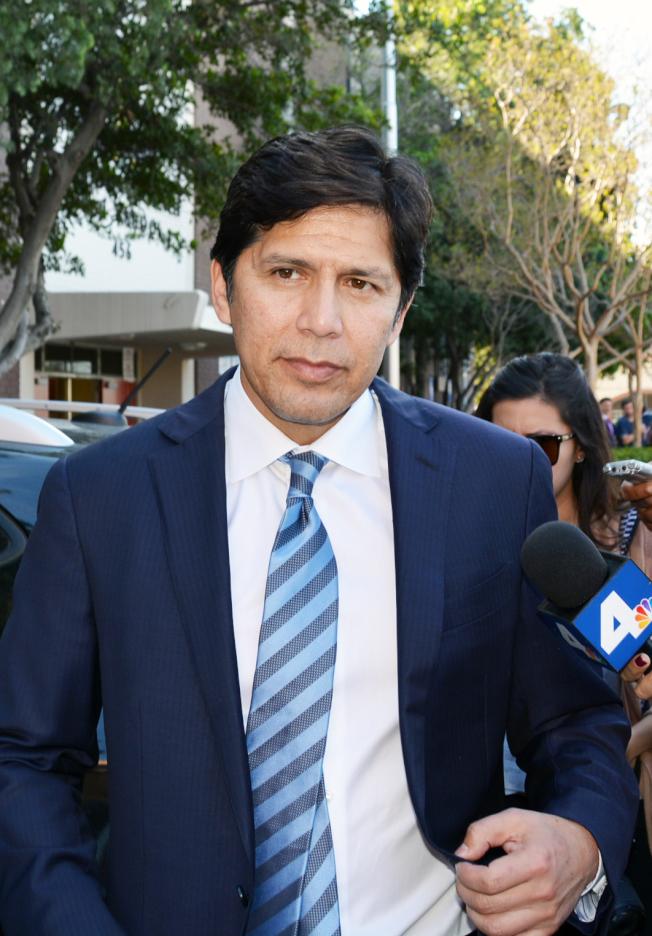 加州參議會前議長華墨混血德利昂(Kevin de León)當選洛杉磯市議員。(本報檔案照)
