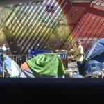 紧急状态期间  屋仑、圣他罗沙市 暂停清理游民营地