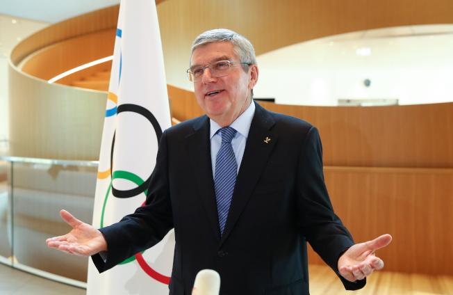 國際奧會主席巴赫表示,已獲得奧運資格的選手,仍會保留席次到2021年奧運。(歐新社)