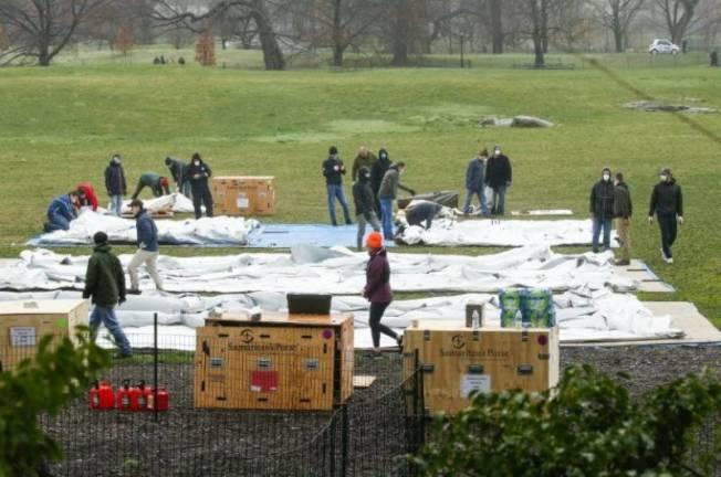 人道團體已在紐約中央公園架起野戰醫院。(Getty Images)