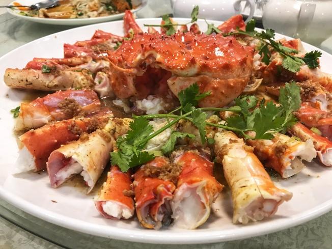 金寶海鮮酒樓精美佳餚價格親民口味正宗。