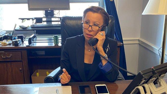 國會眾議員維樂貴絲30日表示,自己疑似感染新冠肺炎,目前遵從醫師建議進行居家隔離。(取自維樂貴絲推特)