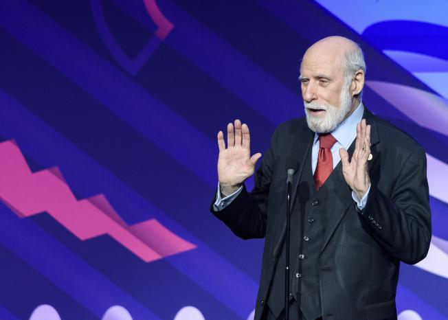谷歌(Google)公司副總裁塞夫30日證實自己感染新冠肺炎。圖為塞夫2019年在紐約參加威比獎(Webby Awards)。(美聯社資料照片)