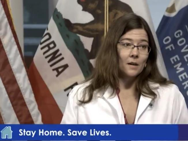 加州醫學會副會長康斯特醫師指出,已有500名醫師有意加入抗疫工作。(記者李秀蘭截圖)
