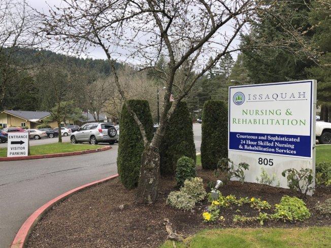 新冠病毒出現多起療養院感染,圖為加州一療養院出現確診病例。(美聯社)
