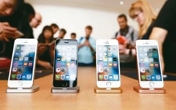 新傳言指出,iPhone SE 2將在4月15日亮相、4月22日出貨。(路透)